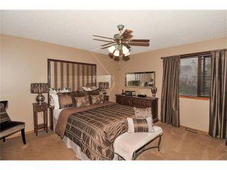 Photo 23: 39 SANDALWOOD Heights NW in Calgary: Sandstone House for sale : MLS®# C4025285