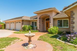 Photo 2: FALLBROOK House for sale : 3 bedrooms : 2201 Dos Lomas
