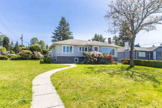 Photo 3: 2010 DUTHIE Avenue in Burnaby: Montecito House for sale (Burnaby North)  : MLS®# R2581351