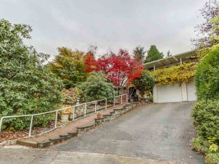 """Main Photo: 1026 SADDLE Street in Coquitlam: Ranch Park House for sale in """"RANCH PARK"""" : MLS®# R2118721"""