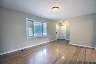 Photo 3: 516 Northmount Place NW in Calgary: Thorncliffe Detached for sale : MLS®# A1130678