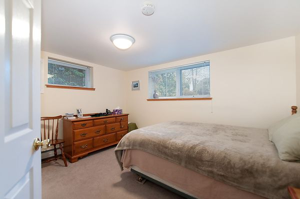 Photo 27: Photos: 4073 W 19TH Avenue in Vancouver: Dunbar House for sale (Vancouver West)  : MLS®# V995201