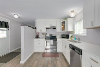 """Photo 6: 326 1840 160 Street in Surrey: King George Corridor Manufactured Home for sale in """"BREAKAWAY BAYS"""" (South Surrey White Rock)  : MLS®# R2489380"""
