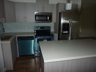 """Photo 12: 112 12070 227 Street in Maple Ridge: East Central Condo for sale in """"STATION ONE"""" : MLS®# R2387048"""