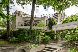 """Photo 1: 402 1350 COMOX Street in Vancouver: West End VW Condo for sale in """"Broughton Terrace"""" (Vancouver West)  : MLS®# R2474523"""