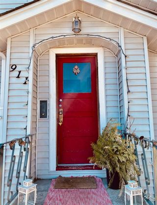 Photo 3: 911 20 Avenue SE in Calgary: Ramsay Detached for sale : MLS®# A1097998