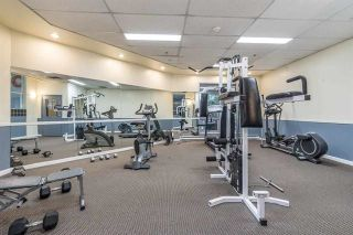 """Photo 9: 903 9830 WHALLEY Boulevard in Surrey: Whalley Condo for sale in """"KING GEORGE PARK"""" (North Surrey)  : MLS®# R2237464"""