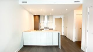 """Photo 7: 2205 4670 ASSEMBLY Way in Burnaby: Metrotown Condo for sale in """"Station Square"""" (Burnaby South)  : MLS®# R2625336"""