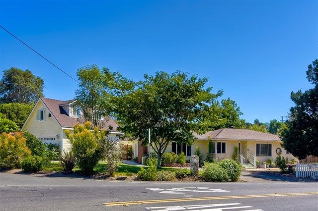 Main Photo: 1203 Coventry Rd. in Vista: Residential for sale (92084 - Vista)  : MLS®# 180052378