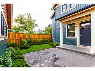 Photo 15: 1284 E 14TH Avenue in Vancouver: Mount Pleasant VE 1/2 Duplex for sale (Vancouver East)  : MLS®# V1035375