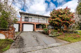 """Photo 2: 6091 GRANT Street in Burnaby: Parkcrest House for sale in """"PARKCREST - KENSINGTON"""" (Burnaby North)  : MLS®# R2379467"""