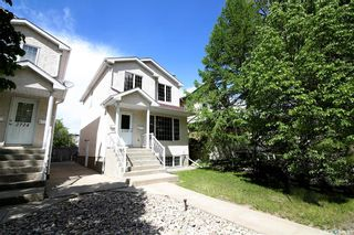 Photo 1: 2720 Victoria Avenue in Regina: Cathedral RG Residential for sale : MLS®# SK856718