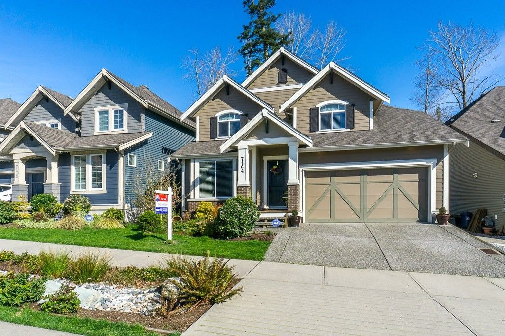 Welcome to 7164 - 209 Street located in the sought-after Milner Heights subdivision in beautiful Langley, BC!