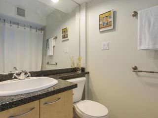 """Photo 9: 1606 989 RICHARDS Street in Vancouver: Downtown VW Condo for sale in """"MONDRIAN I"""" (Vancouver West)  : MLS®# R2122201"""