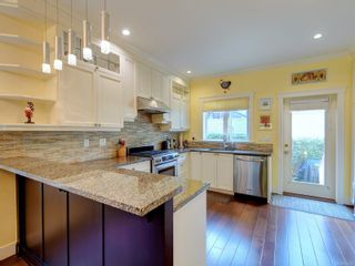 Photo 7: 21 675 Superior St in : Vi James Bay Row/Townhouse for sale (Victoria)  : MLS®# 883446