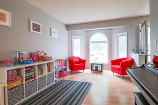 Photo 5: 35 Altomare Place in Winnipeg: Canterbury Park Residential for sale (3M)  : MLS®# 202117435