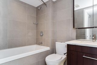 """Photo 21: 251 108 W 1ST Avenue in Vancouver: False Creek Townhouse for sale in """"WALL CENTRE FALSE CREEK EAST TOWER"""" (Vancouver West)  : MLS®# R2620424"""