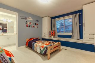 Photo 9: 7065 180 STREET in Surrey: Cloverdale BC House for sale (Cloverdale)  : MLS®# R2381267