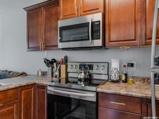 Photo 8: 3918 Diefenbaker Drive in Saskatoon: Confederation Park Residential for sale : MLS®# SK870637