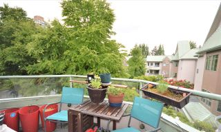 """Photo 14: 406 6735 STATION HILL Court in Burnaby: South Slope Condo for sale in """"THE COURTYARD"""" (Burnaby South)  : MLS®# R2589686"""