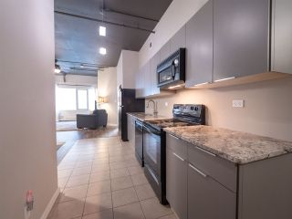 Photo 5: 206 10179 105 Street in Edmonton: Zone 12 Condo for sale : MLS®# E4264260