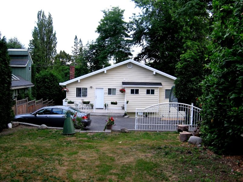 "Photo 16: Photos: 4153 MARINE Drive in Burnaby: South Slope House for sale in ""SOUTH SLOPE"" (Burnaby South)  : MLS®# V592222"