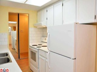 """Photo 2: 204 1320 FIR Street: White Rock Condo for sale in """"THE WILLOWS"""" (South Surrey White Rock)  : MLS®# F1129368"""