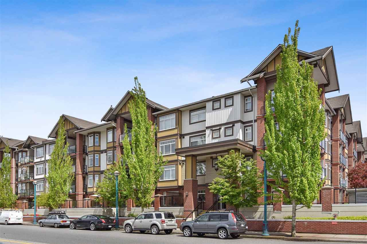 "Main Photo: 244 5660 201A Street in Langley: Langley City Condo for sale in ""Paddington Station"" : MLS®# R2538445"