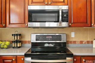 Photo 10: SOLANA BEACH Condo for sale : 2 bedrooms : 884 S Sierra Avenue