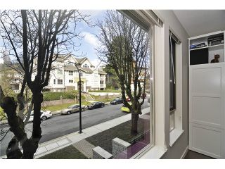 Photo 14: # 212 119 W 22ND ST in North Vancouver: Central Lonsdale Condo for sale : MLS®# V1053875
