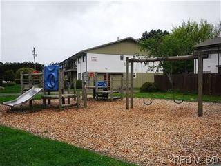 Photo 20: 386 W Burnside Rd in VICTORIA: SW Tillicum Row/Townhouse for sale (Saanich West)  : MLS®# 571261