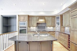 Photo 11: 1715 College Lane SW in Calgary: Lower Mount Royal Row/Townhouse for sale : MLS®# A1134459