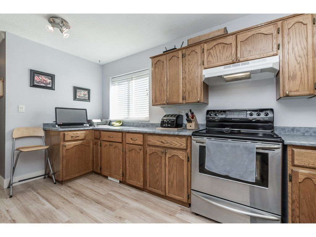 Photo 7: Photos: 33117 HILL Avenue in Mission: Mission BC House for sale : MLS®# R2271316