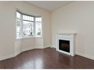 """Photo 2: 6 19551 66TH Avenue in Surrey: Clayton Townhouse for sale in """"Manhattan Skye"""" (Cloverdale)  : MLS®# F1307026"""