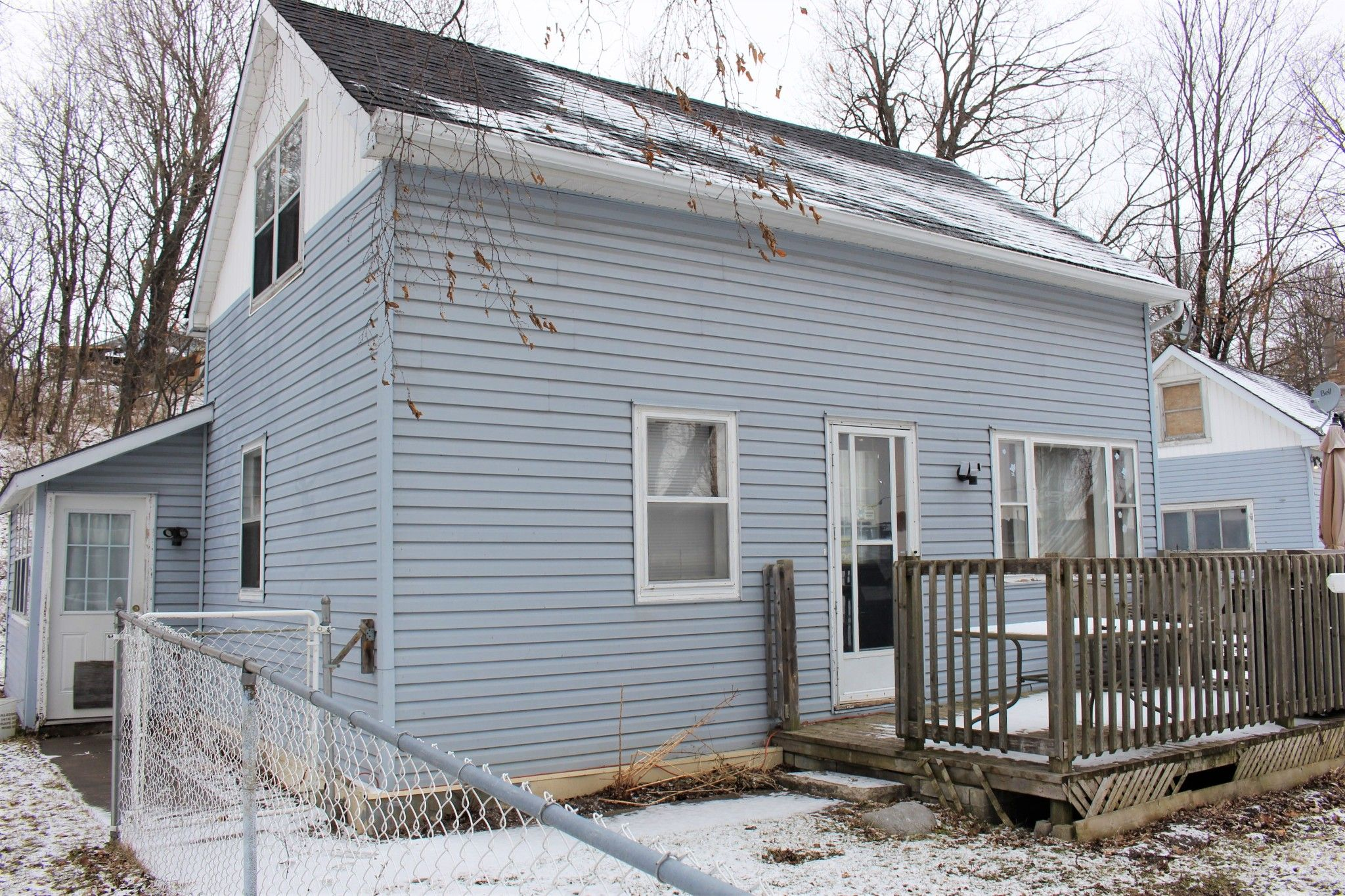 Main Photo: 5486 Front Street in Cobourg: House for sale : MLS®# 236529
