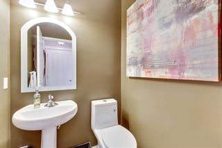 Photo 8: 955 PRESTWICK Circle SE in Calgary: McKenzie Towne Detached for sale : MLS®# C4257598