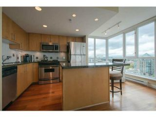 "Photo 4: 1604 120 MILROSS Avenue in Vancouver: Mount Pleasant VE Condo for sale in ""THE BRIGHTON"" (Vancouver East)  : MLS®# V1062353"