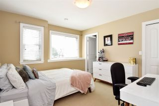 """Photo 20: 6351 167B Street in Surrey: Cloverdale BC House for sale in """"West Cloverdale"""" (Cloverdale)  : MLS®# R2475893"""