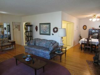 Photo 3: 22 McGill Avenue in WINNIPEG: Fort Garry / Whyte Ridge / St Norbert Residential for sale (South Winnipeg)  : MLS®# 1205425