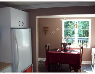 Photo 3: 1613 RALPH Street in North_Vancouver: Lynn Valley House for sale (North Vancouver)  : MLS®# V757906