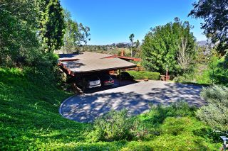 Photo 3: MOUNT HELIX House for sale : 5 bedrooms : 10088 Sierra Vista Ave. in La Mesa