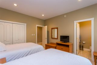 """Photo 10: 20260 28 Avenue in Langley: Brookswood Langley House for sale in """"BROOKSWOOD"""" : MLS®# R2403878"""