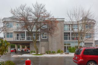 Photo 2: 305 2440 Oakville Ave in : Si Sidney South-East Condo for sale (Sidney)  : MLS®# 866860
