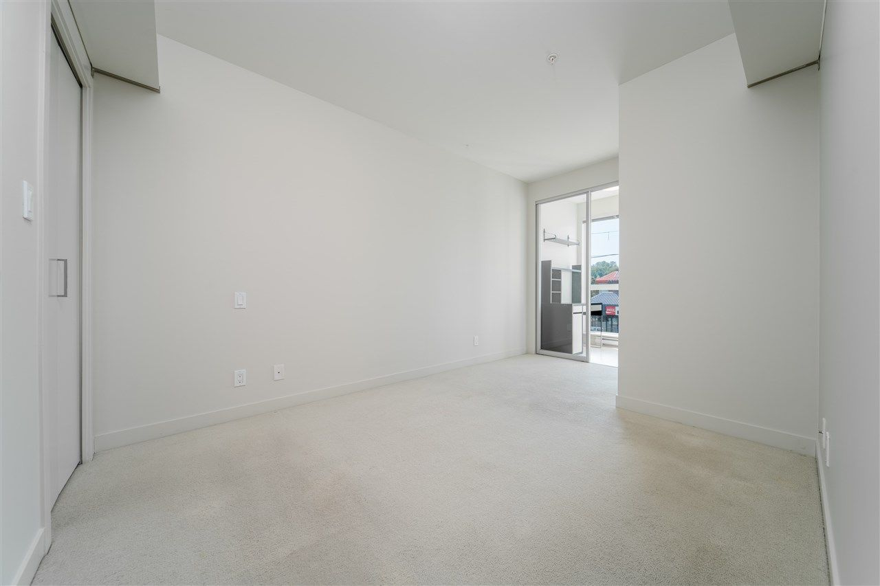 """Photo 10: Photos: 203 215 E 33RD Avenue in Vancouver: Main Condo for sale in """"33 & Main"""" (Vancouver East)  : MLS®# R2506740"""