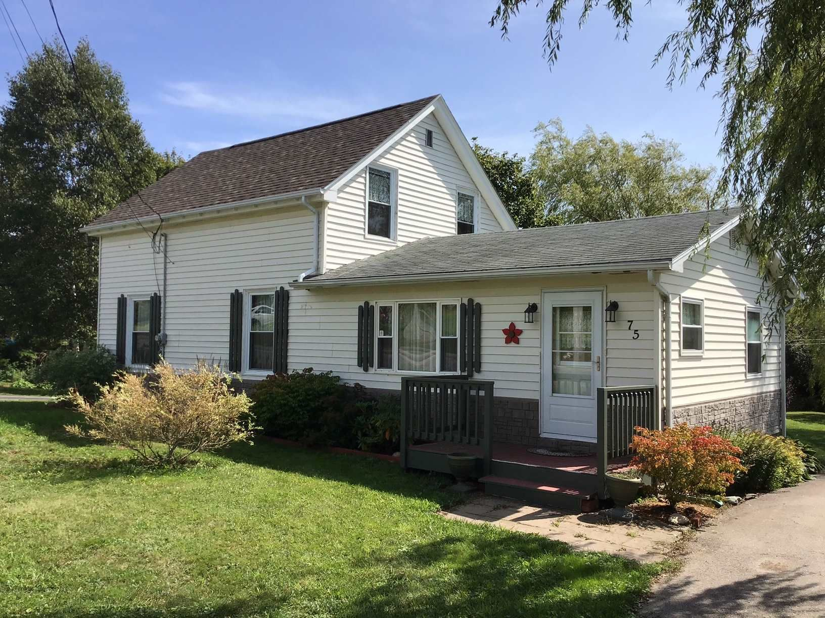 Main Photo: 75 CHURCH Street in Digby: 401-Digby County Residential for sale (Annapolis Valley)  : MLS®# 202107320
