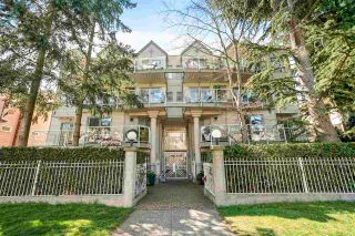 "Photo 1: 204 966 W 14TH Avenue in Vancouver: Fairview VW Condo for sale in ""Windsor Gardens"" (Vancouver West)  : MLS®# R2576023"
