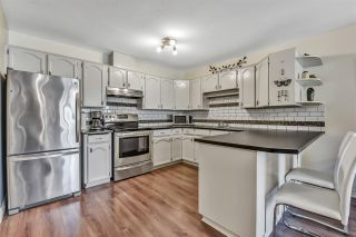 """Photo 8: 10 18960 ADVENT Road in Pitt Meadows: Central Meadows Townhouse for sale in """"MEADOWLAND VILLAGE"""" : MLS®# R2545154"""