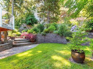 Photo 30: 1279 Knockan Dr in : SW Strawberry Vale House for sale (Saanich West)  : MLS®# 877596