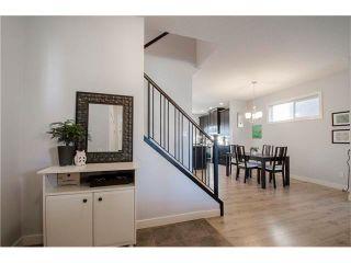 Photo 2: 587 EVANSTON Drive NW in Calgary: Evanston House for sale : MLS®# C4060637