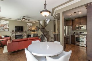 """Photo 5: 17 36169 LOWER SUMAS MOUNTAIN Road in Abbotsford: Abbotsford East Townhouse for sale in """"Junction Creek"""" : MLS®# R2158498"""